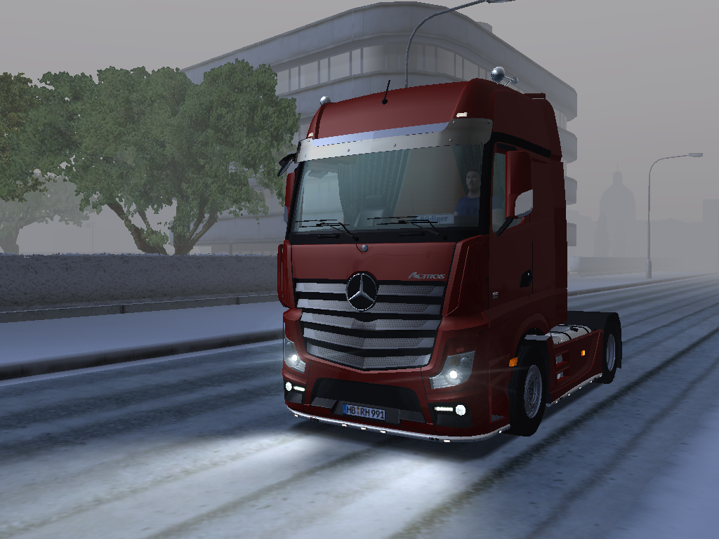 Photo of MERCEDES-BENZ MP4 4X2