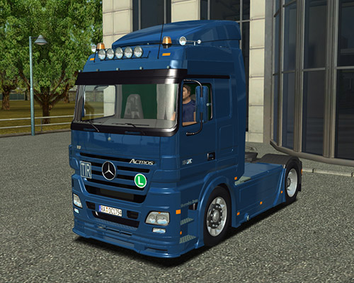 Photo of Mercedes Benz Actros Mspace