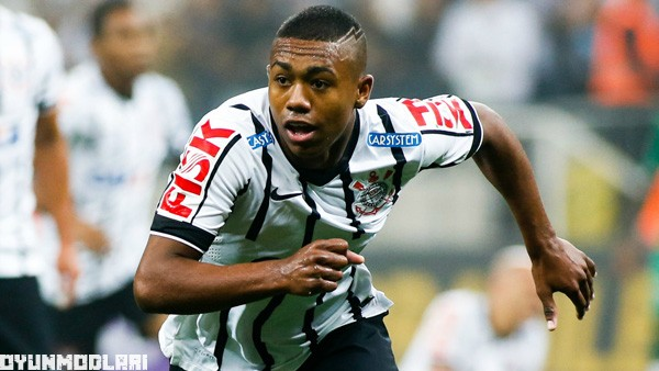 SAO PAULO, BRAZIL - SEPTEMBER 18: Malcom #21 of Corinthians celebrates their first goal during the match between Corinthians and Chapecoense for the Brazilian Series A 2014 at arena Corinthians stadium on September 18, 2014 in Sao Paulo, Brazil. (Photo by Alexandre Schneider/Getty Images)