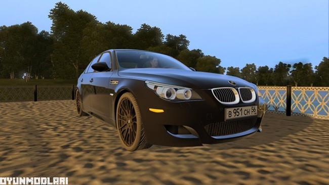 bmw_m5_e60_modifiyeli_araba