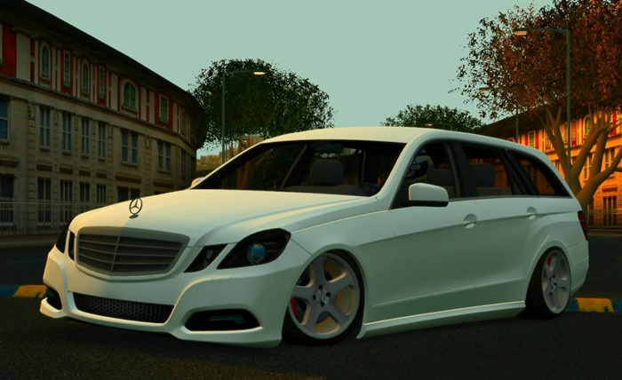 Photo of LFS – Mercedes-Benz C63 Station Vagon Araba Yaması